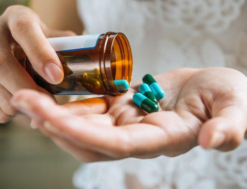 É necessário renovar a receita do medicamento de uso contínuo?